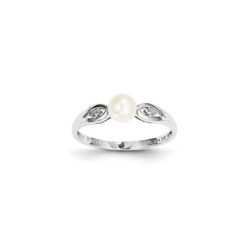 Girls Pearl and Diamond Birthstone Ring - Freshwater Cultured Pearl Birthstone with Diamond Accents - 14K White Gold - Size 6