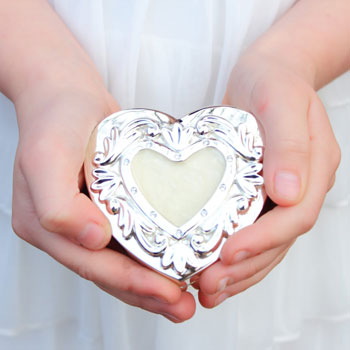 Isabella - Gorgeous Heart Silver-Plated Engravable Jewelry Box with an Elegant Mother-of-Pearl Look - A Customer Favorite - BEST SELLER