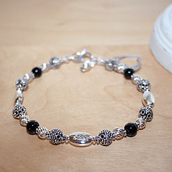 Mommy's Favorite Keepsake™ - Grow-With-Us™ Genuine Black Onyx Sterling Silver Mother's, Grandmother's, Generations Engravable Bracelet - Add up to Three Birthstone Pairs to Personalize - BEST SELLER/