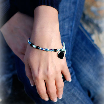 Mommy Loves You - Grow-With-Us™ Genuine Black Onyx Sterling Silver Mother's, Grandmother's, Generations Engravable Bracelet - Add up to Three Birthstone Pairs to Personalize - BEST SELLER