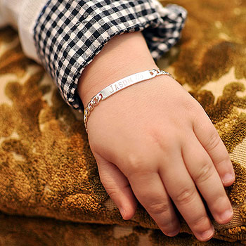 "Boy's Jewelry Favorite - Personalized ID Sterling Silver Bracelet - Engravable on the front and back - Size 6"" (3 - 9 years) - BEST SELLER"